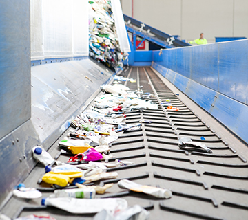 Proceso d reciclaje en Reciclados La red