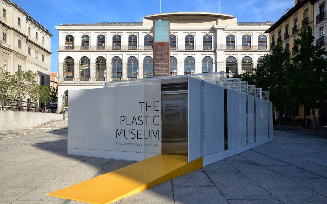 Reciclados La Red, una de las empresas colaboradoras para hacer realidad The Plastic Museum, el primer museo 100% reciclable del mundo